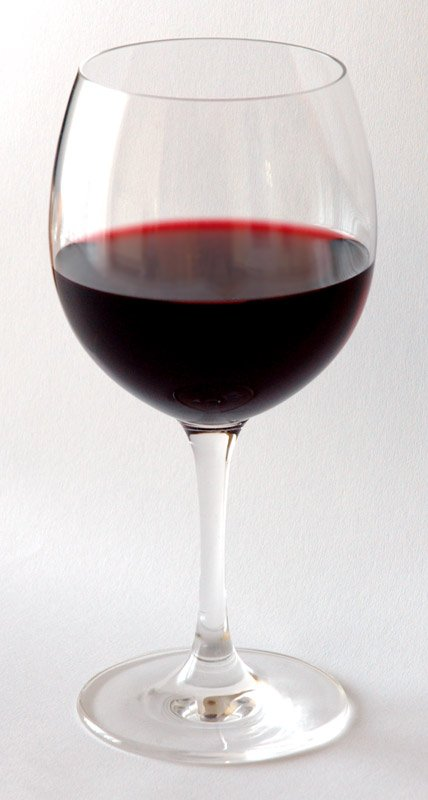 bad hangover drinks - red wine